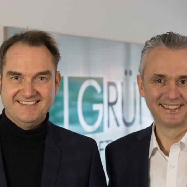 Dr. Oliver Grün (links), Vorstand und CEO der GRÜN Software AG Joachim Sina (rechts), Head of Fundraising